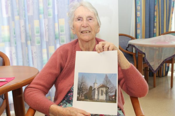 Memories come alive as seniors trace family roots